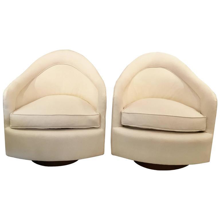 Set Of Mid Century Modern Milo Baughman Sleek Swivel Chairs