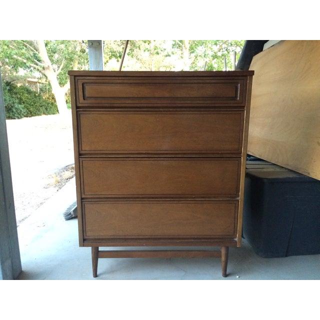 """Mid-Century Modern Bassett """"Epic"""" Line Dresser - Image 2 of 4"""