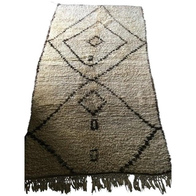"""Beni Ouarain Moroccan Wool Rug - 4'7"""" x 9' - Image 1 of 4"""