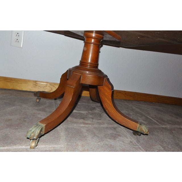 Large Mid-Century End Table With Decorative Inlay - Image 7 of 8