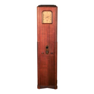 "Westinghouse ""Columnaire"" Grandfather Clock Radio"