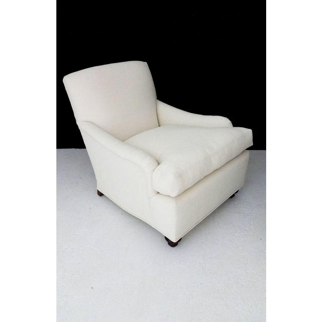 English Country House Style Club Chairs - A Pair - Image 5 of 6