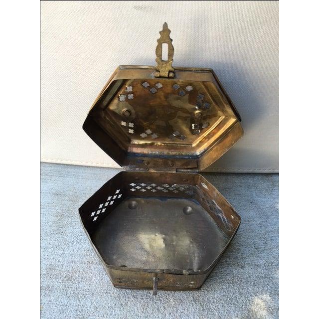 Hexagonal Brass Cricket Box - Image 7 of 8