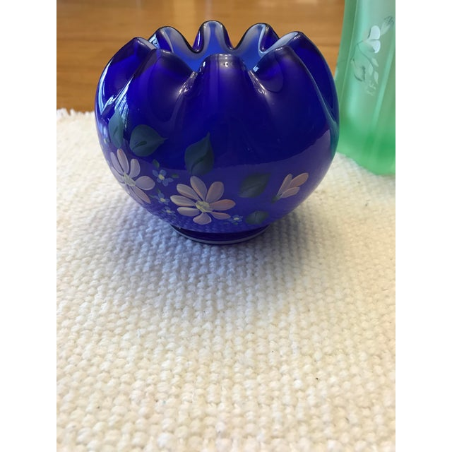 Vintage Fenton Art Glass Hand Painted Vases - A Pair - Image 9 of 11