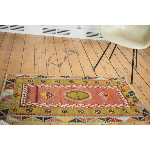 "Lime Green Vintage Kilim Rug - 2'6"" X 4'3"" - Image 2 of 6"