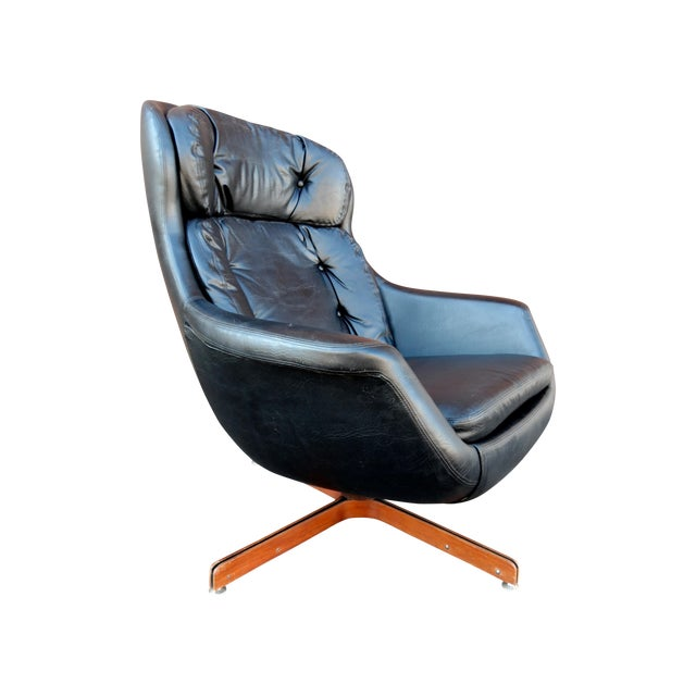 danish overman egg style chair in tufted black chairish. Black Bedroom Furniture Sets. Home Design Ideas