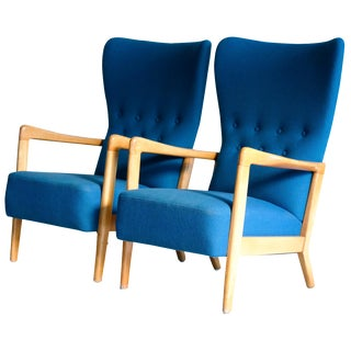 Early Mid-Century Soren Hansen for Fritz Hansen Armchairs - A Pair
