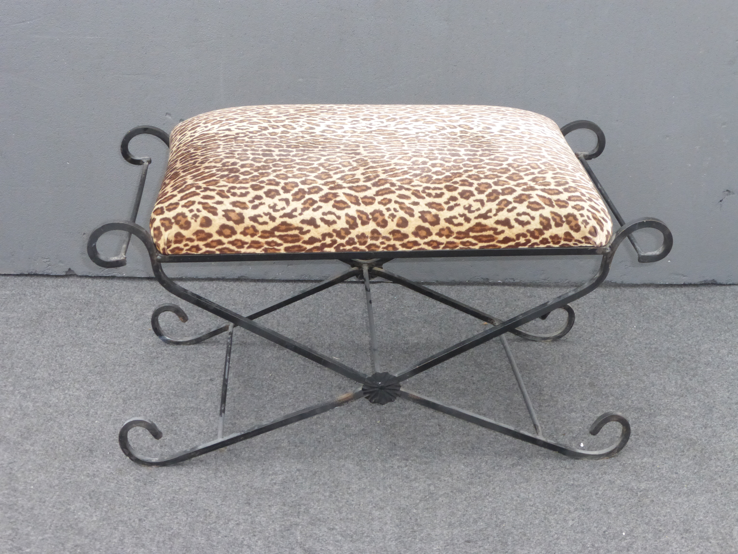 High Quality Vintage Leopard Print Wrought Iron Vanity Bench   Image 3 Of 9
