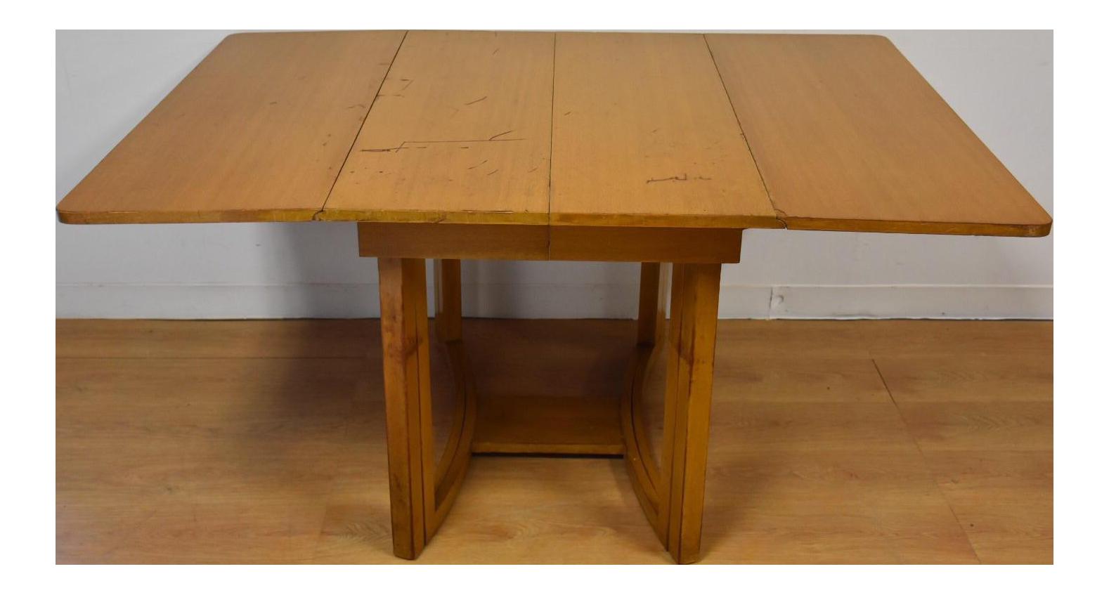 Mid Century Modern Dining Table By T.H. Robsjohn Gibbings For Widdicomb