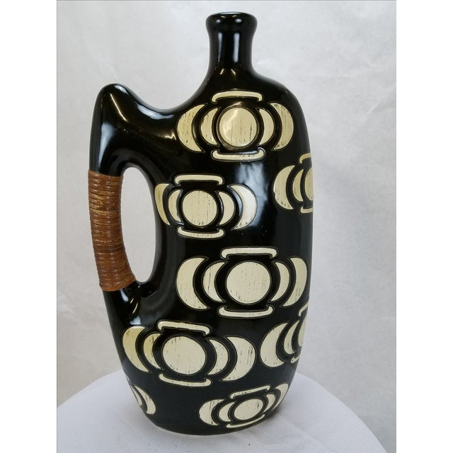 Modern Black & White Vase / Urn - Image 4 of 5