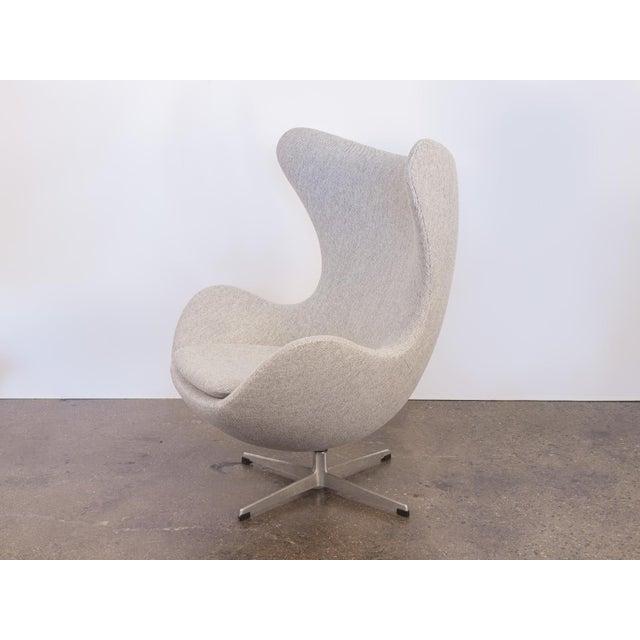 Arne Jacobsen Egg Chair and Ottoman - Image 7 of 11
