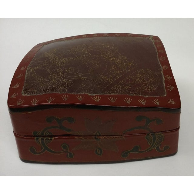 Large Chinese Red Lacquered Porcelain Lidded Box - Image 4 of 11