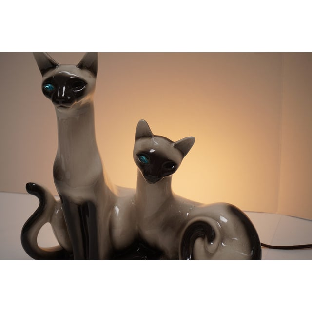 Siamese Cats TV Lamp From Lane & Co Van Nuys - Image 4 of 5