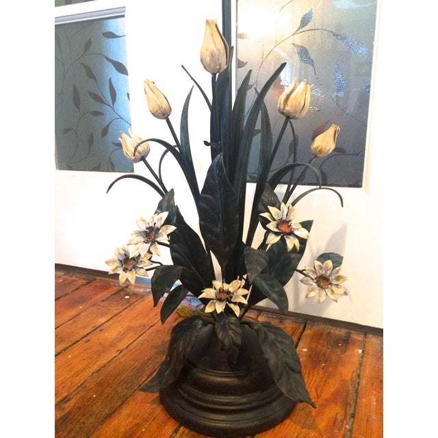 Image of Vintage Tole Table Lamp With Daisies and Tulips