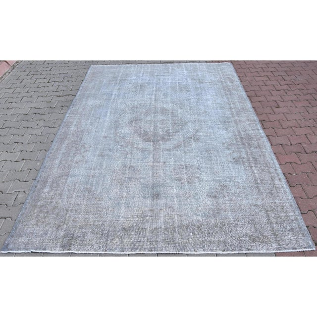 Vintage Distressed Silver Gray Handmade Turkish Oushak Rug - 7′2″ × 10′8″ - Image 2 of 6
