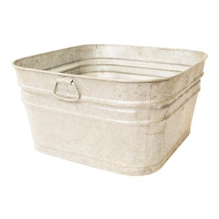 Vintage Country Galvanized Metal Wash Tub