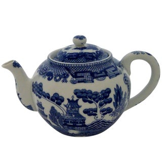 Chinese Porcelain Teapot