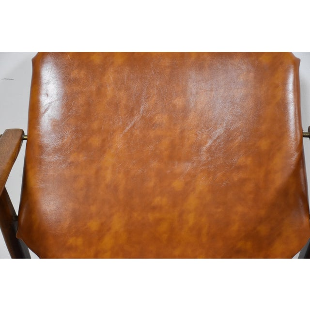 Brown Vinyl Lounge Chair - Image 6 of 9