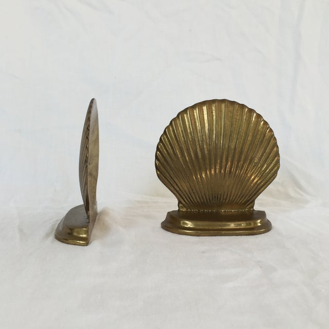Brass Scallop Shell Bookends - A Pair - Image 3 of 6