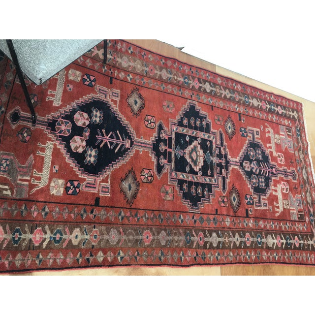 "Vintage Persian Rug 4'8""x 8'2"" - Image 6 of 7"