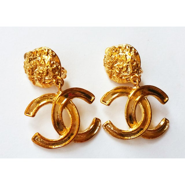 Image of Chanel Gold CC Dangle Clip on Earrings