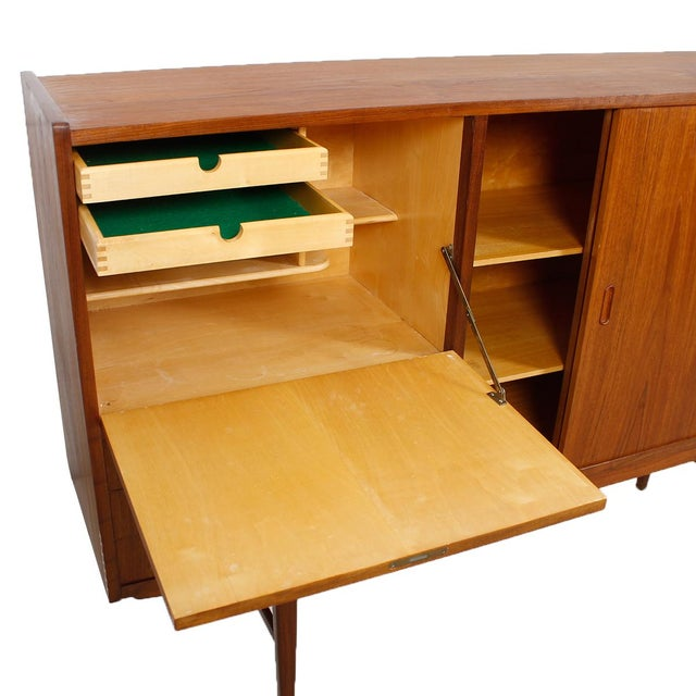 danish modern teak highboard chairish. Black Bedroom Furniture Sets. Home Design Ideas