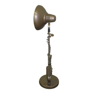 Industrial Lamp With Circular Fluorescent Bulb