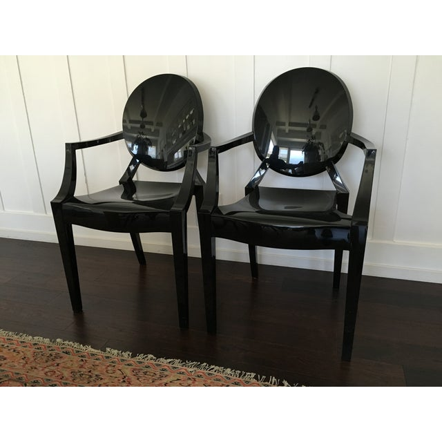 phillipe starck kartell louis ghost chair pair chairish. Black Bedroom Furniture Sets. Home Design Ideas