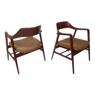 Mid-century Modern Sculpted Side Chairs by Gunlocke - a Pair