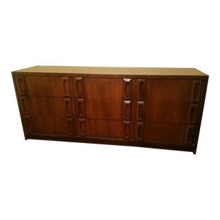 Barker Brothers 6 Drawer Dresser