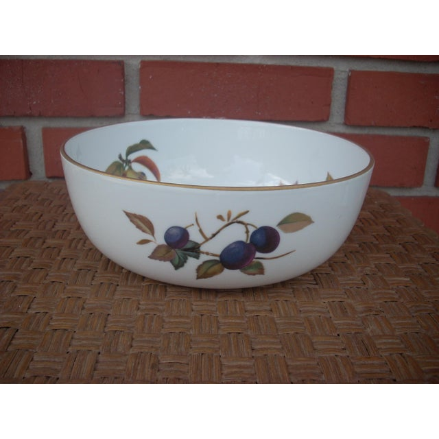 Image of Traditional Royal Worcester Bowl