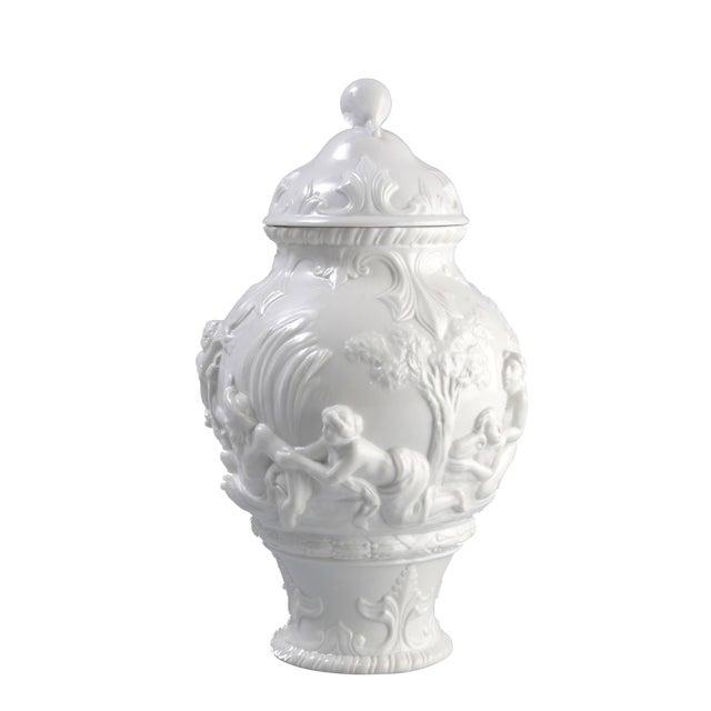 White Capodimonte Italian Porcelain Urn - Image 1 of 10