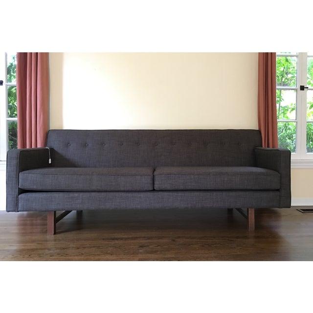 Mid Century Grey Sofa: Mid-Century Modern Dark Gray Sofa