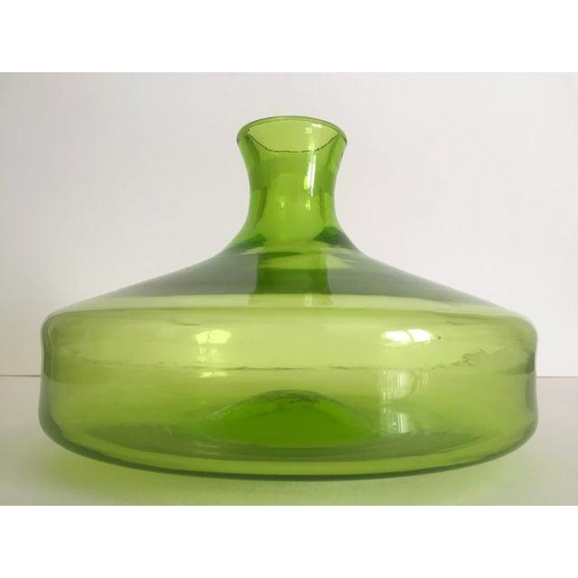 Vintage Blenko Mid-Century Chartreuse Handmade Glass Vase - Image 4 of 11
