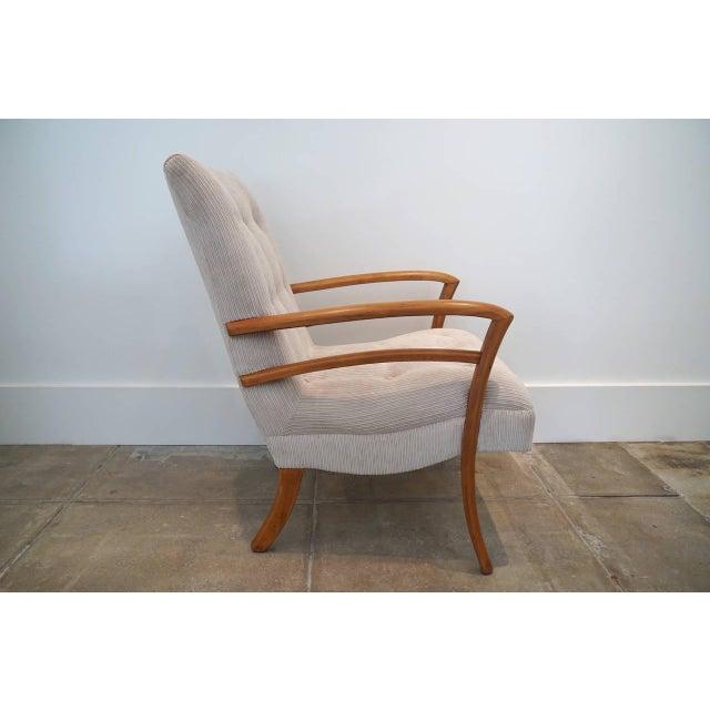American Sabre Leg Armchair - Image 4 of 5