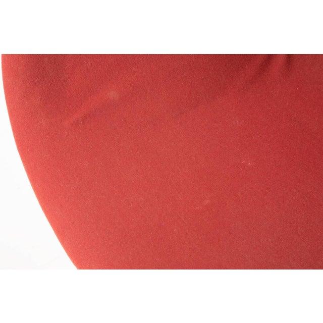 Arne Jacobsen for Fritz Hansen Red Wool Swan Chair - Image 5 of 5