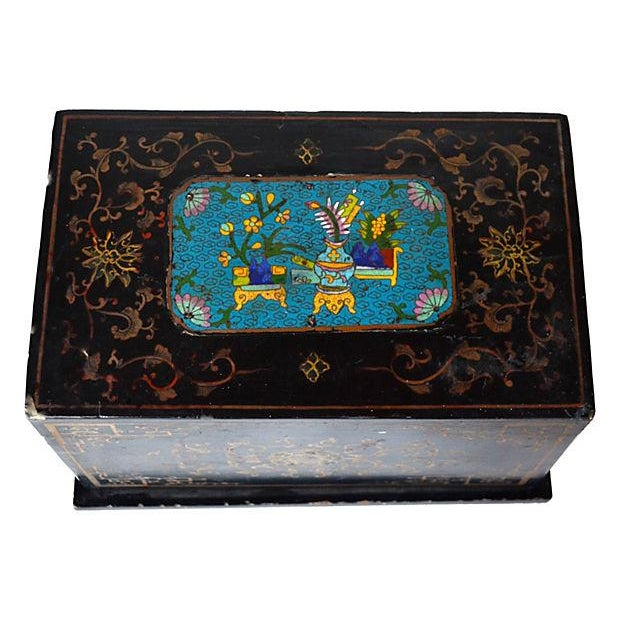 Image of Antique Chinese Lacquer Box