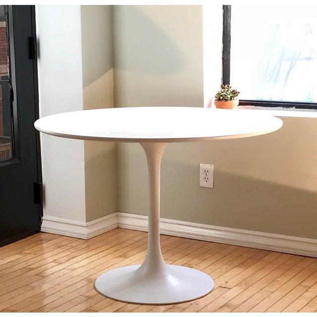 Mid-Century Burke Tulip Table - Image 6 of 6
