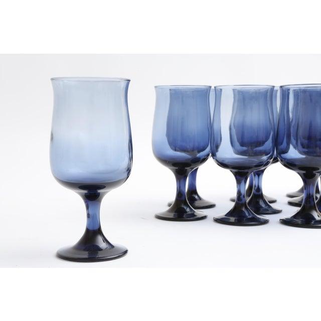 Mid Century Blue Stemmed Wine Glasses - Set of 10 - Image 5 of 5