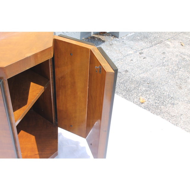 Henredon Mid-Century Nightstands or End Tables - A Pair - Image 9 of 11