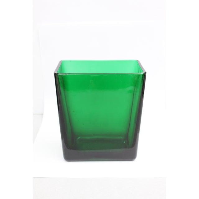 Emerald Green Tall Rectangular Vase - Image 4 of 4