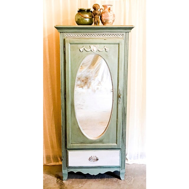Vintage French Style Armoire - Image 5 of 5