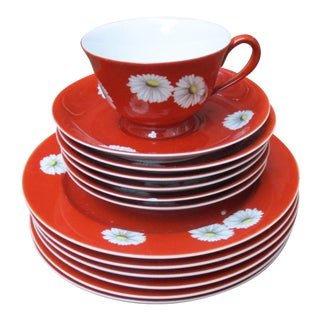 Noritake Red Daisy China - 13 Pieces