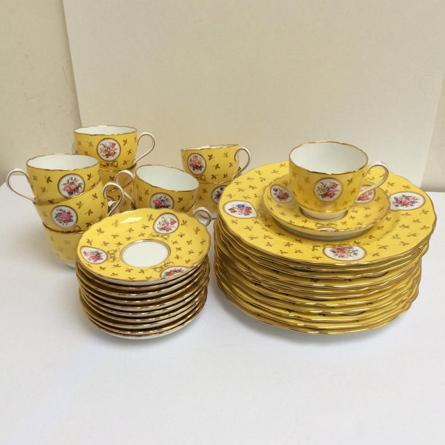 Vintage Spode China Set Yellow With Flowers - Set of 33 - Image 4 of 9