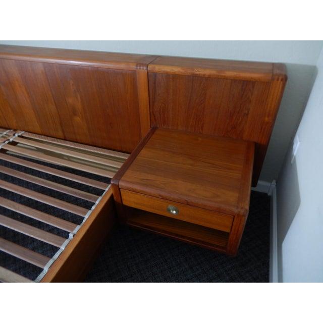 D-Scan Mid-Century Modern Danish Teak King Platform Bed ...