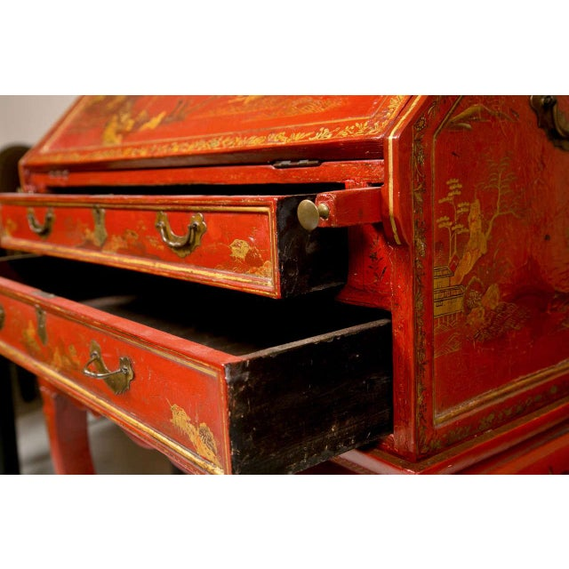 Antique 19th Century Painted Chinoiserie Vanity - Image 8 of 10