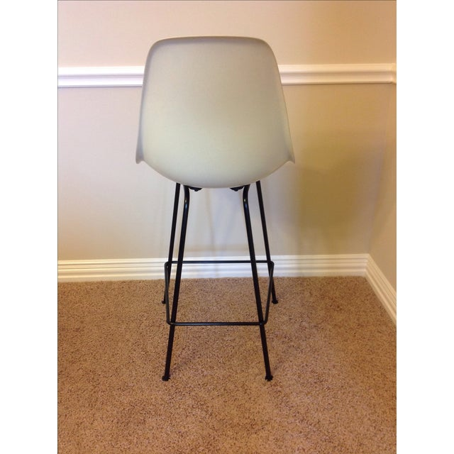 Counter Height Eames : Authentic Eames Molded Fiberglass Stools - 3 Chairish