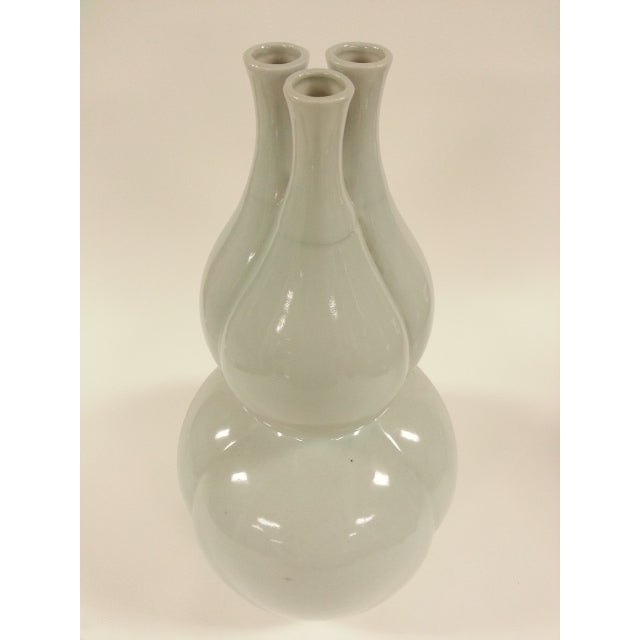 Off White Glazed Gourd Vases - a Pair - Image 5 of 6