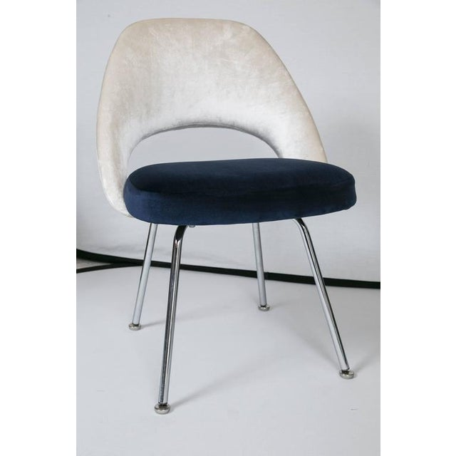 Saarinen Executive Armless Chairs in Ivory/Navy Velvet, Set of Six - Image 3 of 10