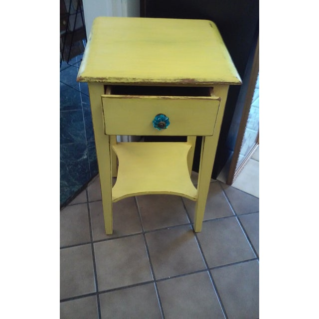Yellow Shabby Chic Vintage End Table - Image 2 of 3